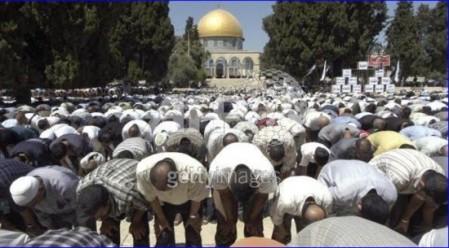 http://jcdurbant.files.wordpress.com/2006/06/7a2ad-muslems-praying2.jpg?w=449&h=305