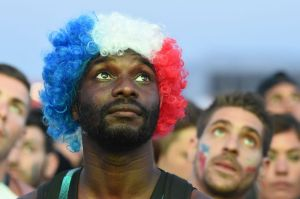 France supporters watch on giant screen the Euro 2016 final football match between Portugal and France at the Marseille Fan Zone, on July 10, 2016. / AFP PHOTO / BORIS HORVATBORIS HORVAT/AFP/Getty Images ORIG FILE ID: 553893376