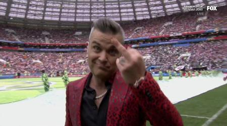 robbie-williams-middle-finger-world-cup-opening-ceremony